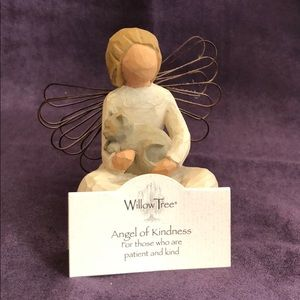 Willow Tree - Angel of Kindness 🐱